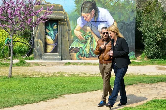 Η Ρένα Δούρου σε μια από τις πολλές επισκέψεις της στο Πάρκο. Θα αναμένουμε την αντίδρασή της.