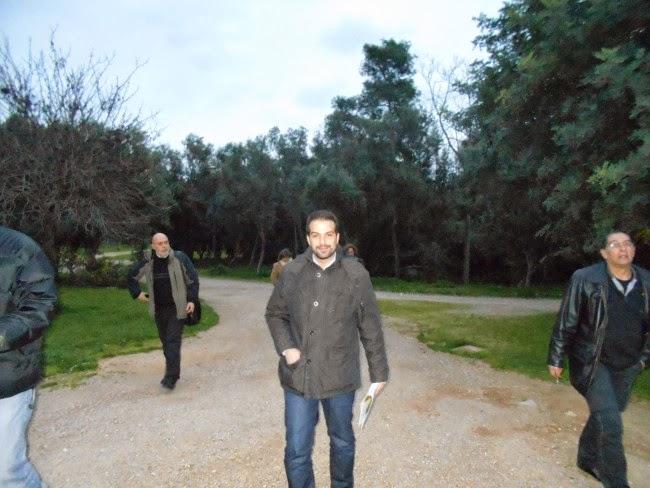 Ο Γαβριήλ Σακελλαρίδης στο Πάρκο ως υποψήφιος της Ανοιχτής Πόλης. Παραιτήθηκε από το αξίωμα για να γίνει υπουργός και παραιτήθηκε εκ νέου
